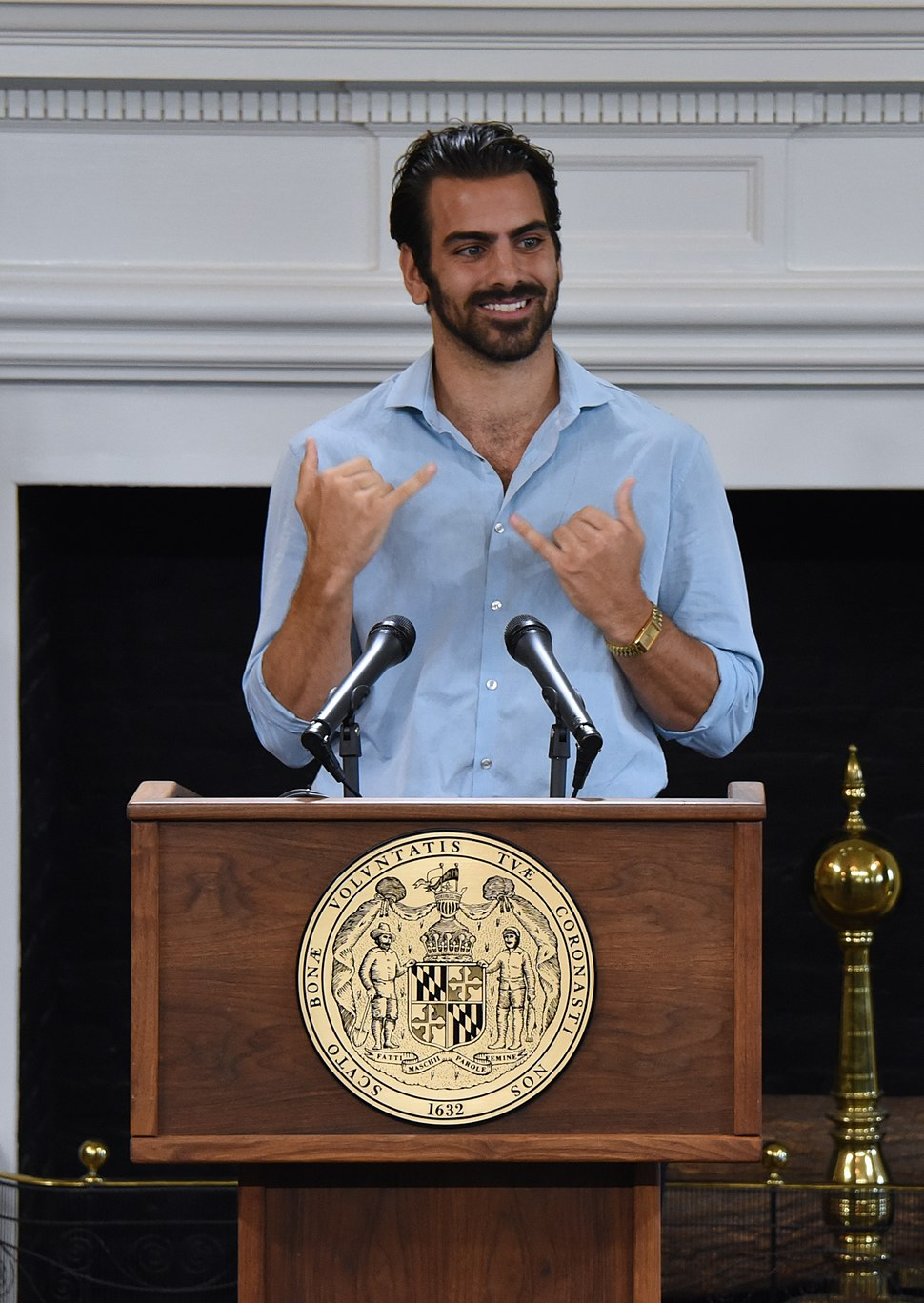 Nyle DiMarco Citation Presentation (29540852135) (cropped)