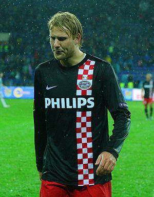 Ola Toivonen - Toivonen playing for PSV in 2010