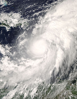 English: Hurricane Omar (15L) in the Caribbean...
