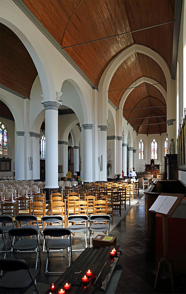 Oostkamp (province of West Flanders, Belgium): St Peter's church - interior