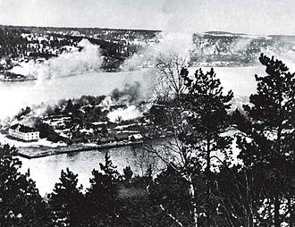 Battle of Drøbak Sound - Oscarsborg's Hovedøya under Luftwaffe attack