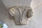 Ossiach 1 Pfarrkirche Maria Himmelfahrt Emporenaufgang Säulenkapitell 04112015 8630.jpg