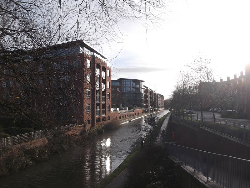 File:Oxford Canal and William Lucy Way, Oxford.JPG
