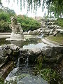 P1040471 fontaine parc Richelieu Calais.JPG