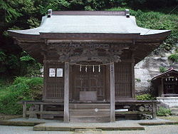 P4280120 Jyuniso shrine Kamakura sanctuary.JPG