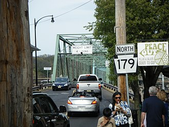 Route 179 (Pennsylvania–New Jersey) - PA 179 northbound approaching the New Hope-Lambertville Bridge