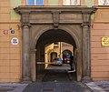 Palác městský Rytířská 404 (12) detail portálu.jpg