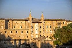 Palazzo Ducale (Urbino).jpg