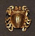 Panama, coclé, campanellino pendente a forma di insetto, 400-1100 ca.jpg