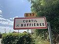 Panneau entrée Curtil Buffières 1.jpg