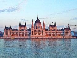 Parlementsgebouw Boedapest.jpg