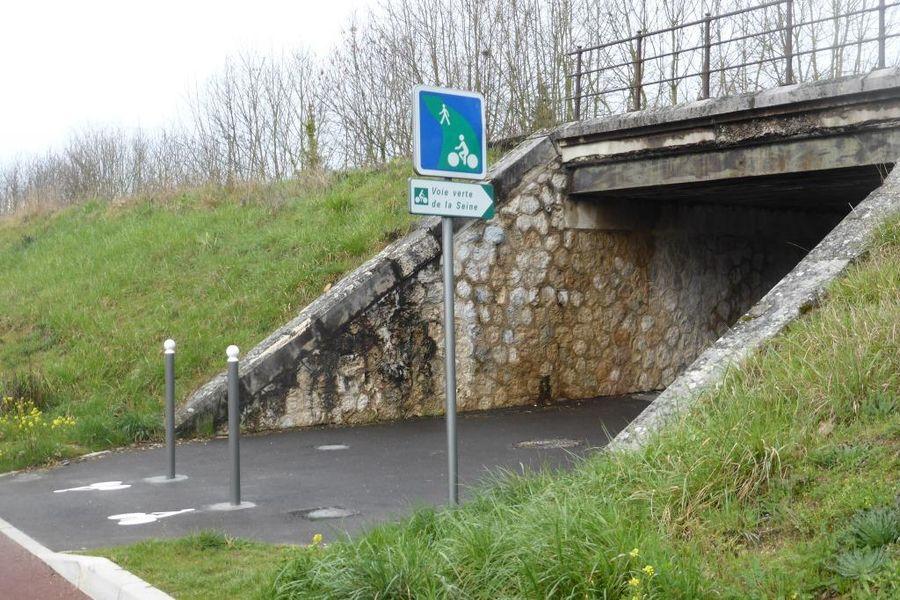 La voie verte dans le nord de l'agglomération