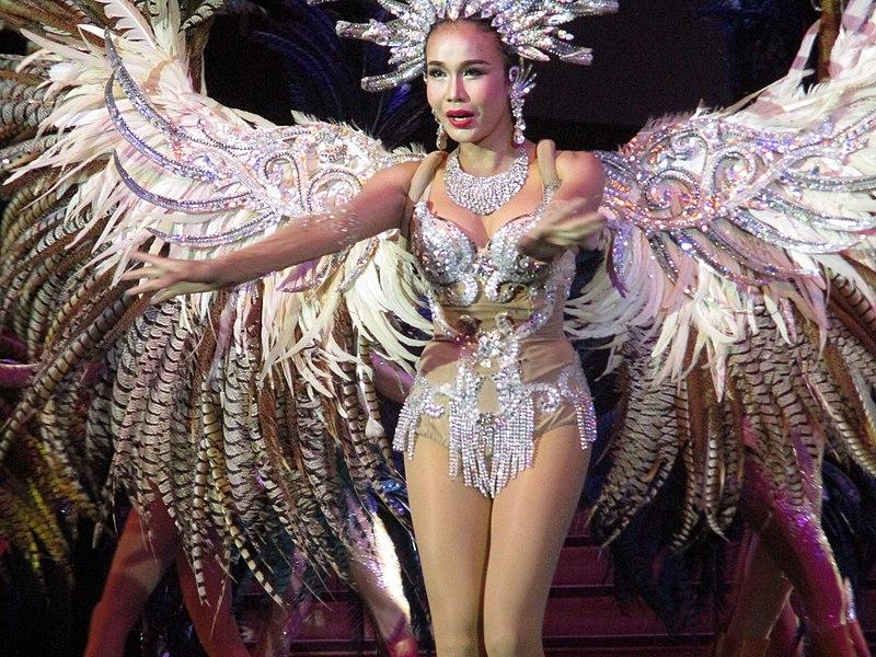File:Pattaya Collosseum Cabaret Show.jpg