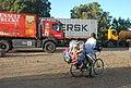 Paysan à vélo4.jpg