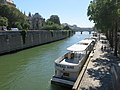 Peniches on quai de Montebello D160719.jpg