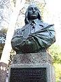 Petrus Stuyvesant statue.jpg