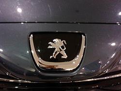 Peugeot RCZ - Logo Delantero.jpg