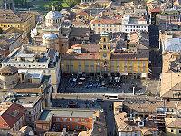 Vue aérienne sur la place Garibaldi