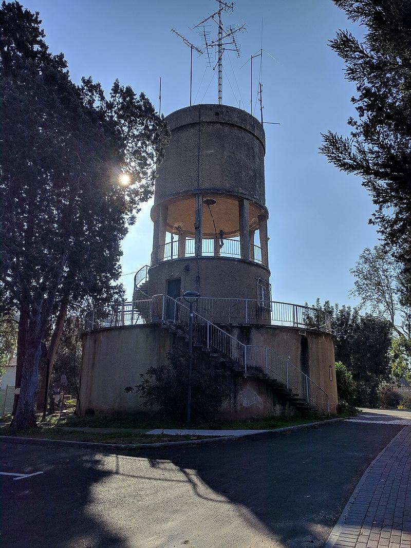 מגדל המים בגבעת חיים איחוד