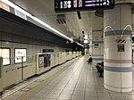 Platform of Fukuoka Airport Station 3.jpg