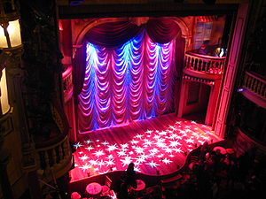 English: Interior of the Playhouse Theatre, No...