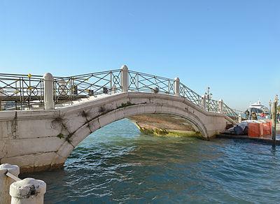 Ponte Longo in Venice 2012.jpg