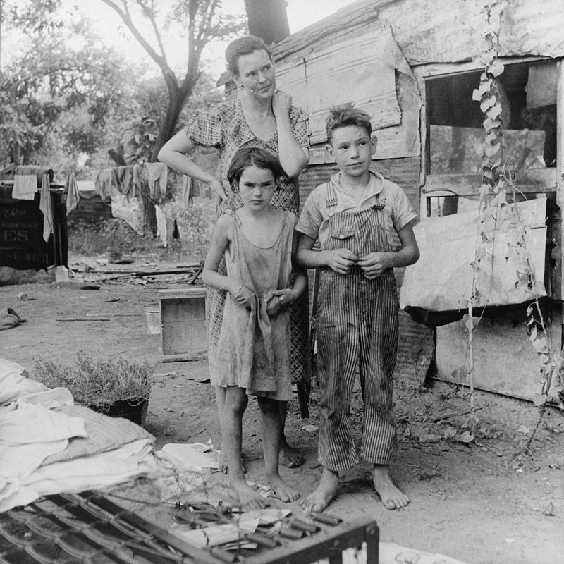 Poor mother and children, Oklahoma, 1936 by Dorothea Lange.jpg
