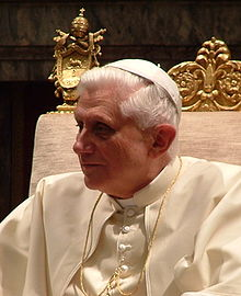 Pope Benedictus XVI january,20 2006 (7 small).jpg