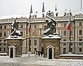 Praha Hrad sníh 2010 22.jpg