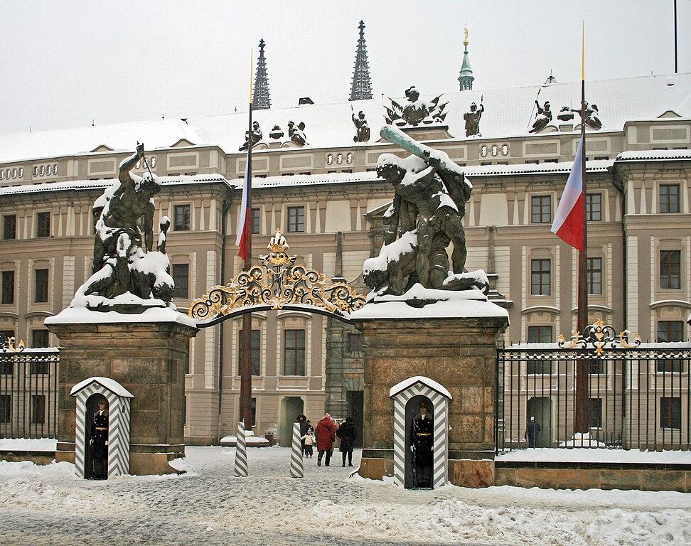 Palais présidentiel de Prague sous la neige - Photo de Karelj