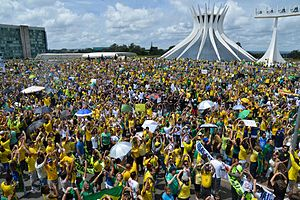 2015–16 protests in Brazil - A demonstration in Brasília outside of the Cathedral of Brasília.