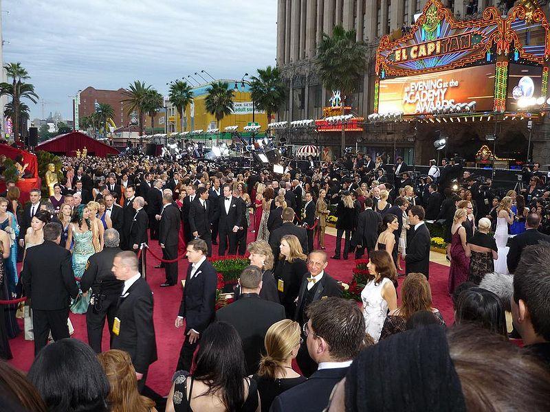File:Red carpet 2009 Academy Awards.JPG