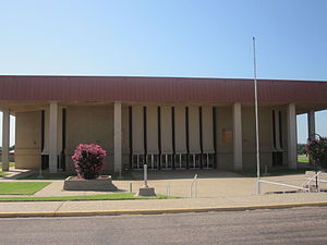 Snyder, Texas - Image: Revised Scurry County Coliseum in Snyder, TX IMG 4550