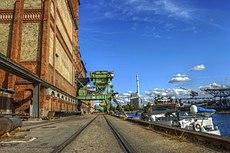 Rheinhafen Karlsruhe - panoramio.jpg