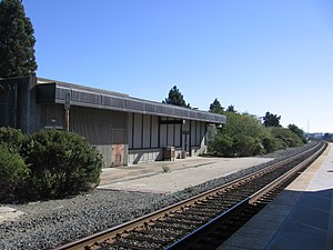 Richmond station (California) - The 1984-built Amtrak shelter in 2012