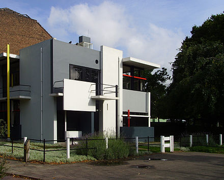Rietveld Schroder House (1924), designed by Gerrit Rietveld Rietveld-SchroderhuisUtrechttheNetherlands.jpg
