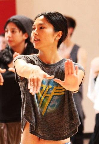 "Rino Nakasone - Rino Nakasone teaching the choreography for ""Mr. Taxi"" at a dance class in Los Angeles"