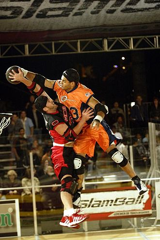 Mob (slamball team) - Confrontation between Rob Wilson and Mob player Kevin Cassidy.