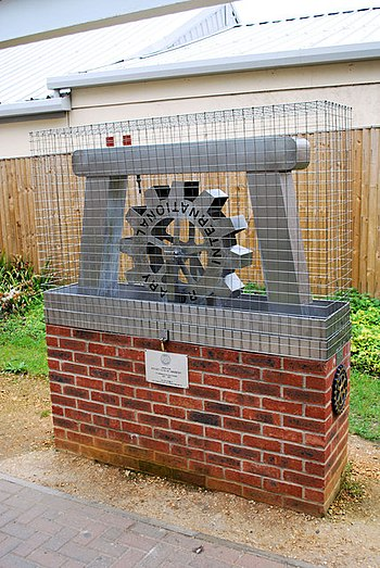 English: Rotary Club of Amesbury wishing well ...