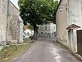 Rue du Bon Dieu Jaune (Druyes-les-Belles-Fontaines).jpg