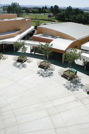 Northridge Academy High School - Image: SF14 NAHS11 BM