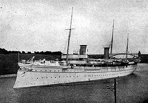 Yacht issue - The SMY Hohenzollern II in 1902.