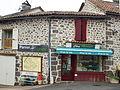 Saint-Chamant-FR-15-épicerie-2.jpg