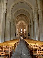 Saintes (17) Basilique Saint-Eutrope Intérieur 01.JPG