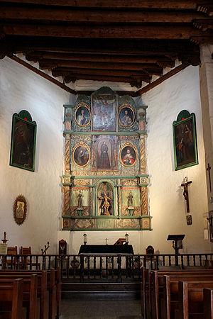 San Miguel Mission - Image: San Miguel Mission Santa Fe Altar 2