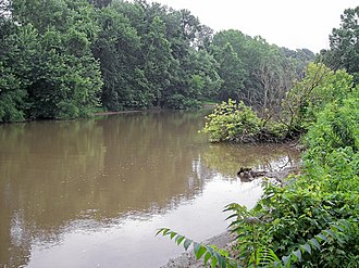 Sandy Creek (Ohio River) - Sandy Creek near its mouth in Ravenswood in 2006