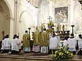 Santa messa solenne in rito antico celebrata nella chiesa di S. Ambrogio.jpg