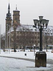 SchlossPlatzStiftskirche.jpg