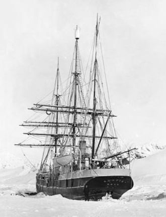 Scottish National Antarctic Expedition - Image: Scotia on Laurie Island