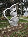 "Sculpture ""Bootstrap DNA"" in Kew Gardens.jpg"